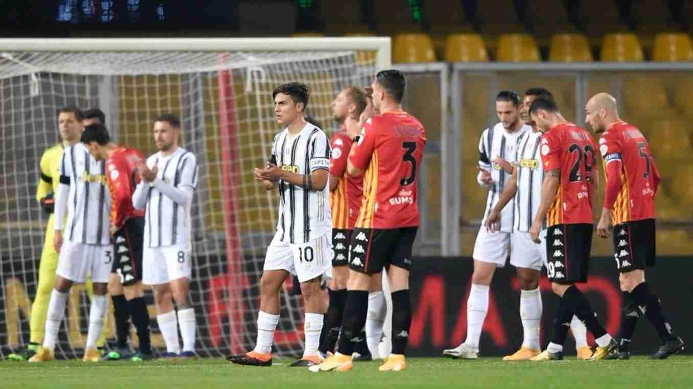 A los 10 minutos, homenaje a Maradona en Benevento vs. Juventus