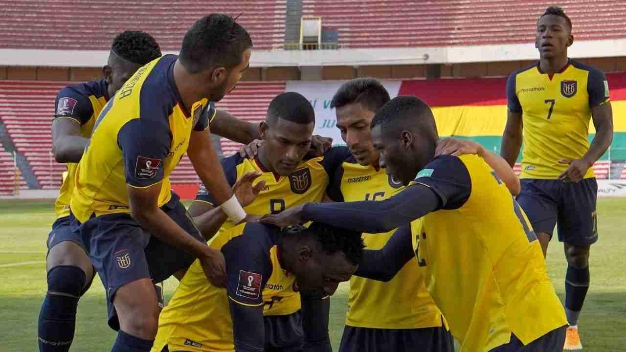 Ecuador, próximo rival de Colombia, empató en La Paz