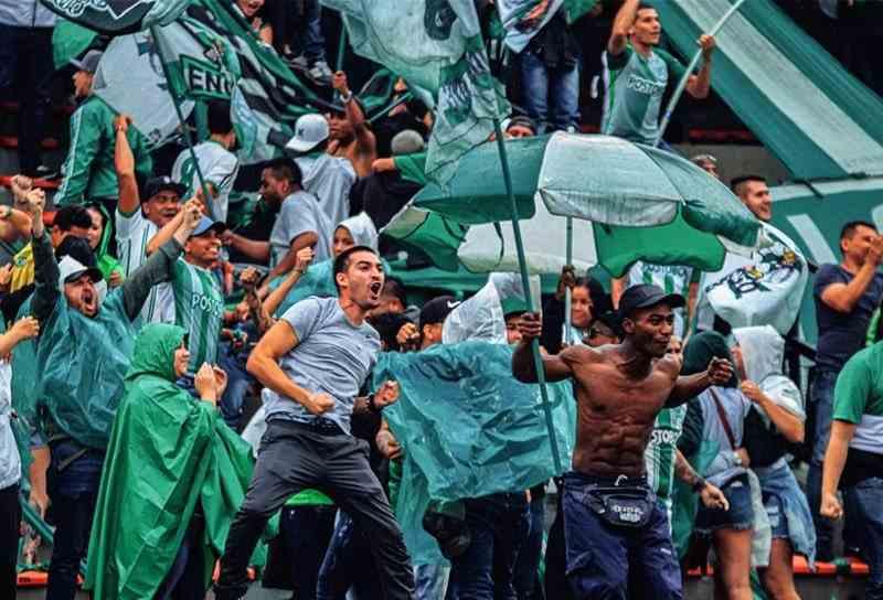 Mensaje directo de la barra Los Del Sur a Atlético Nacional