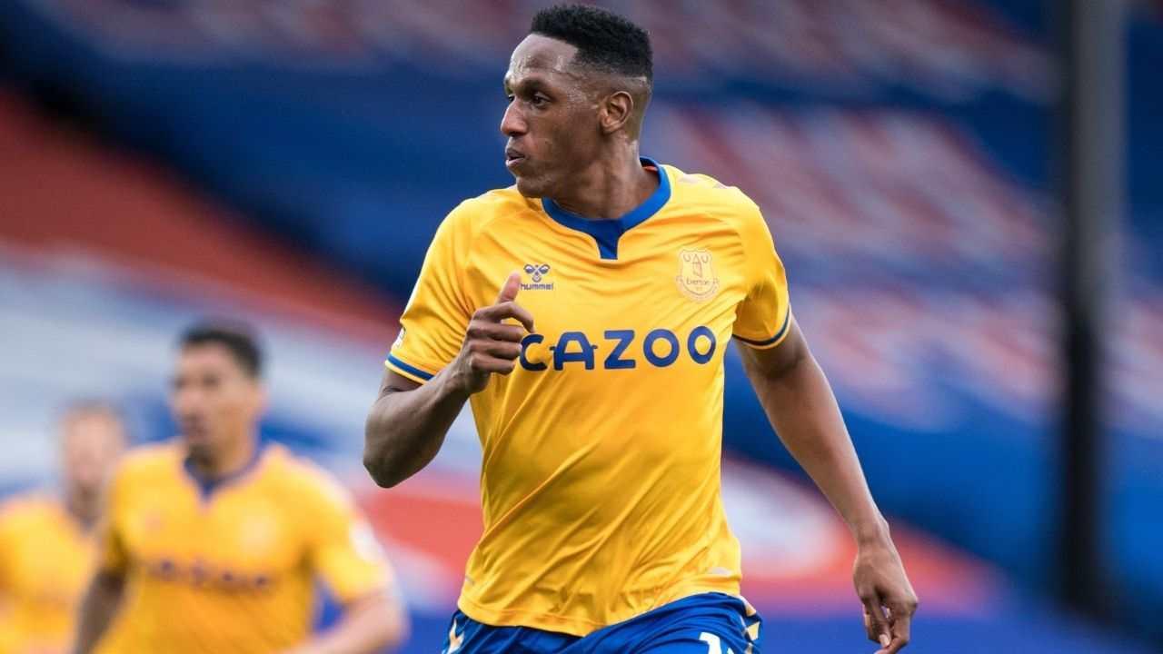 Siguen las críticas para Yerry Mina, esta vez con Everton