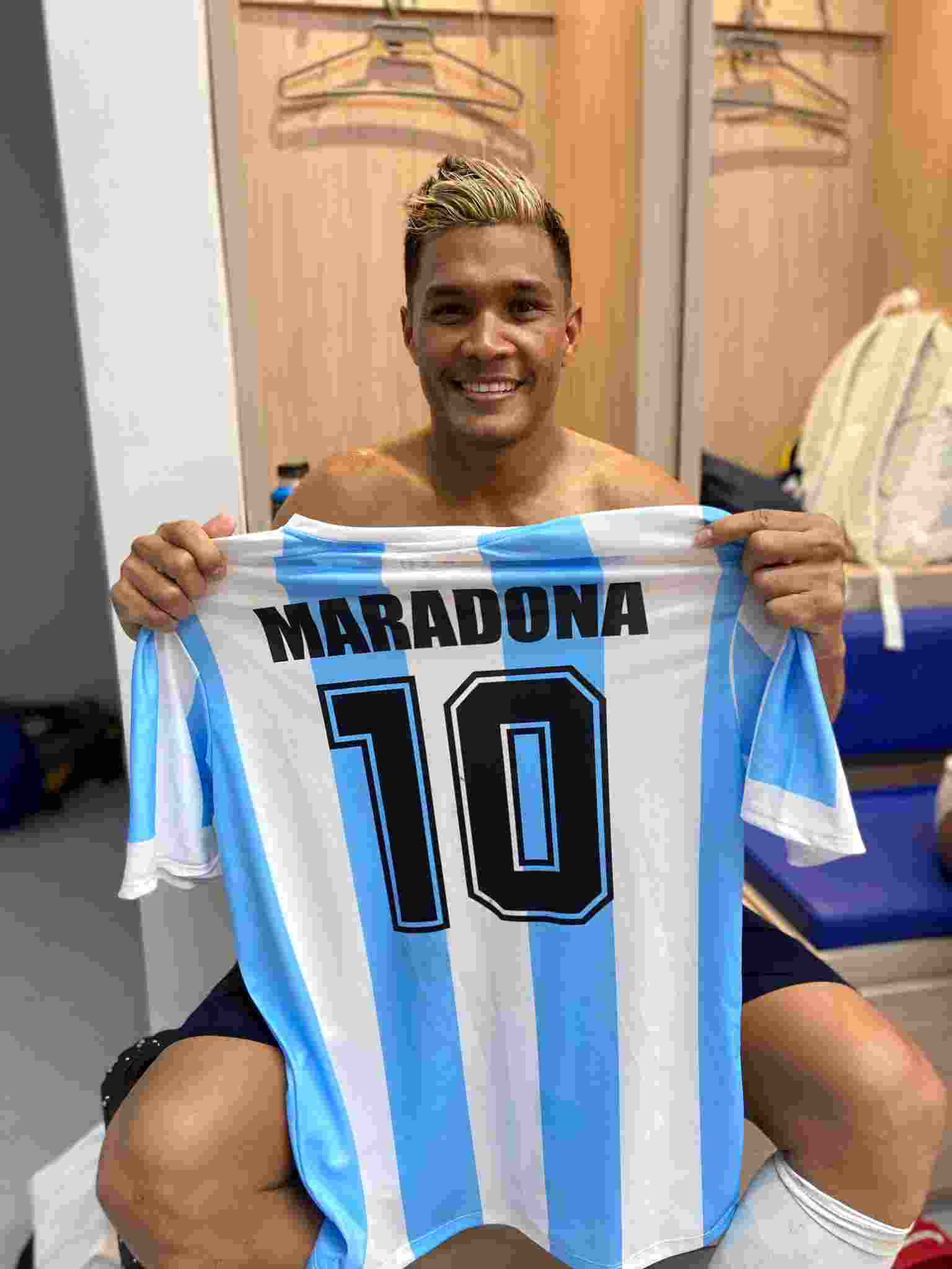 Teófilo Gutiérrez le dedicó el triunfo de Junior a Maradona