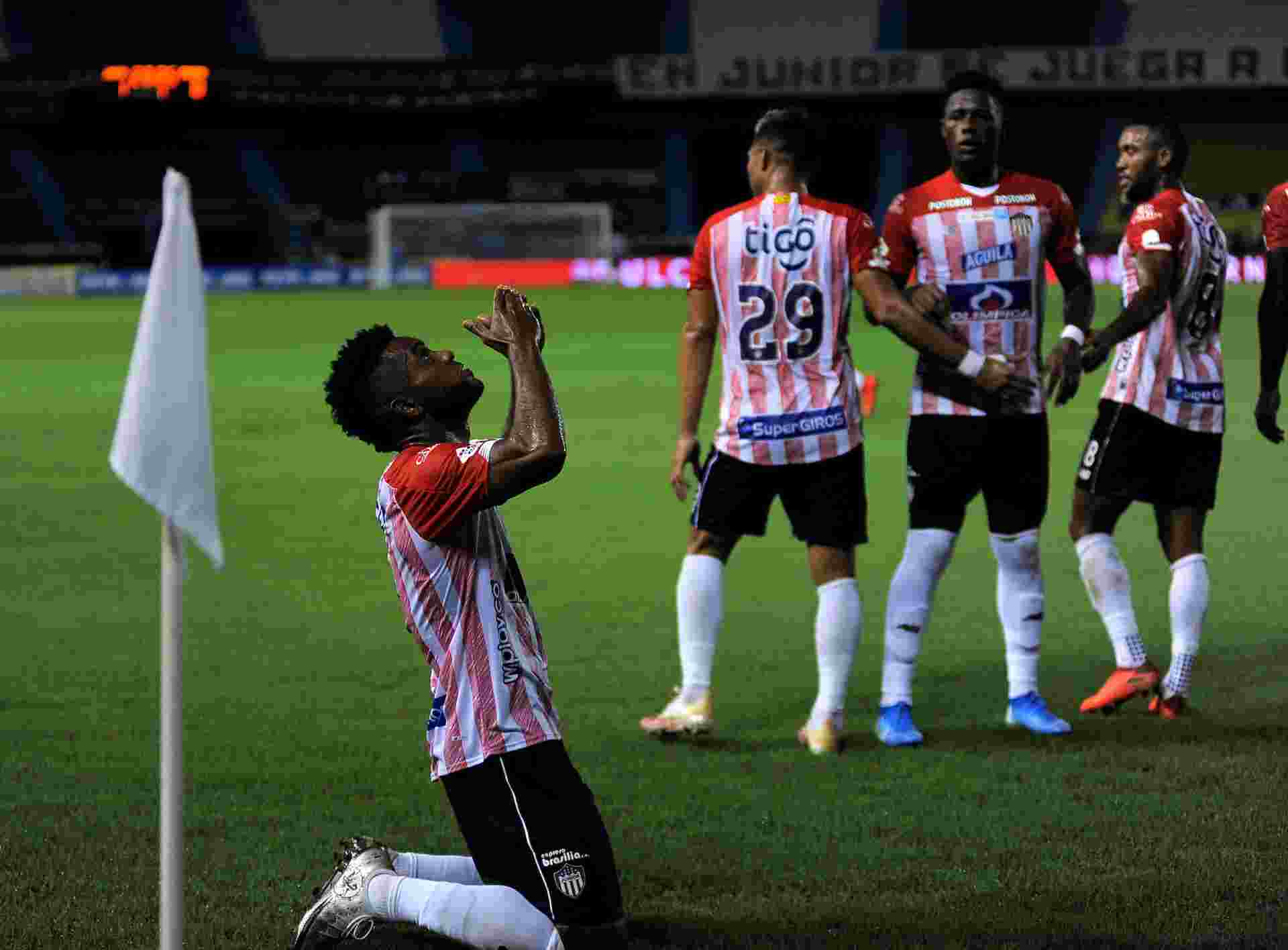 Victoria del Junior sobre el final ante Unión La Calera