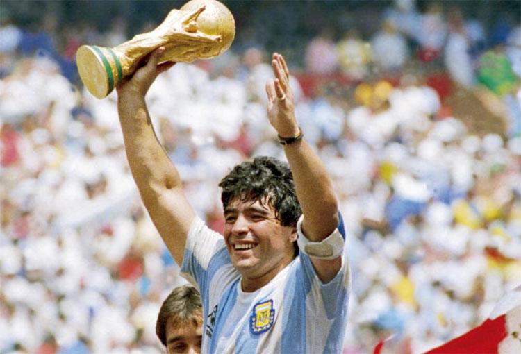 Por esto Diego Maradona es leyenda mundial. ¡Todos los títulos que ganó!