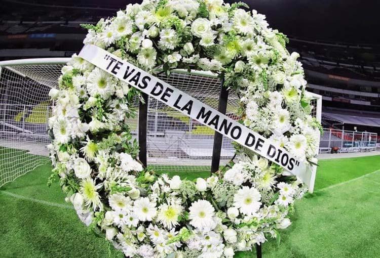 Estadio Azteca le rindió homenaje a Diego Maradona