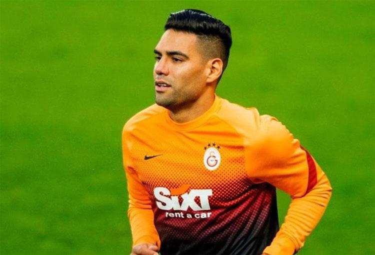 Parte médico oficial de Galatasaray de la lesión de Falcao García