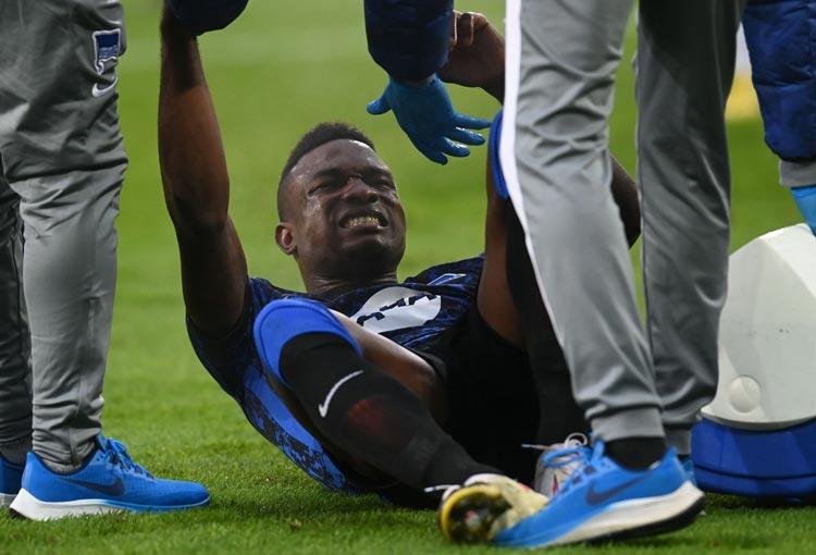 Jhon Córdoba: lesionado y descartado para la Selección Colombia