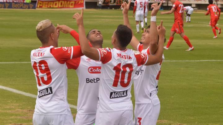 Santa Fe recuperó a su goleador para las fases finales