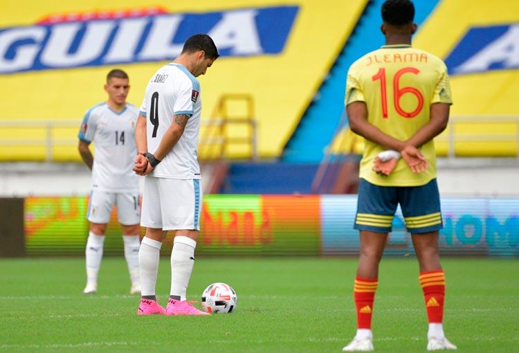 Los 4 uruguayos positivos por COVID-19 luego del partido con la Selección Colombia