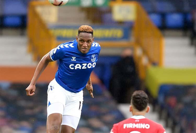 Yerry Mina va por un récord en la Premier League