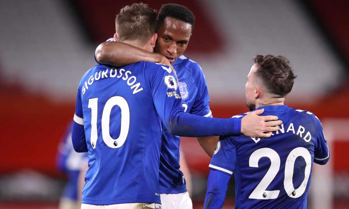 Con Yerry Mina, Everton volvió al segundo lugar de la Premier