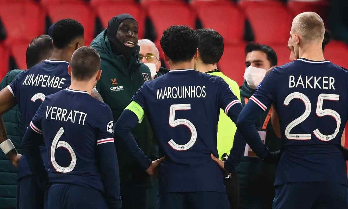 Escándalo en el PSG - Instambul en la Champions por racismo