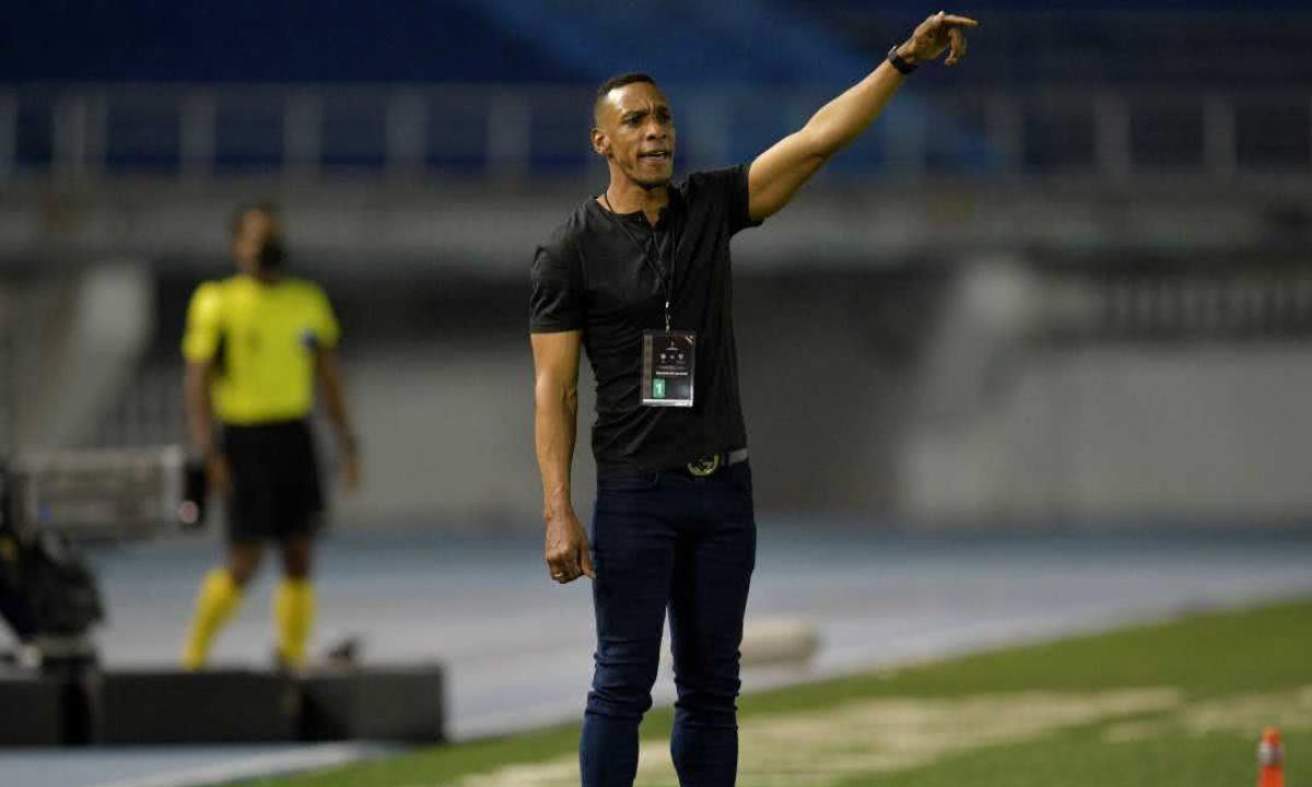 Oficial Amaranto Perea se queda en el Junior de Barranquilla