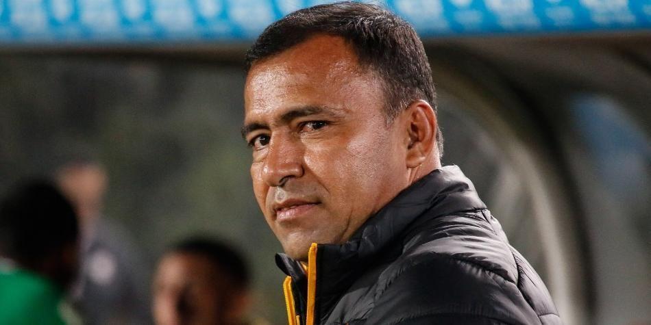 """""""Santa Fe ha hecho méritos y merece la décima estrella"""": Harold Rivera"""