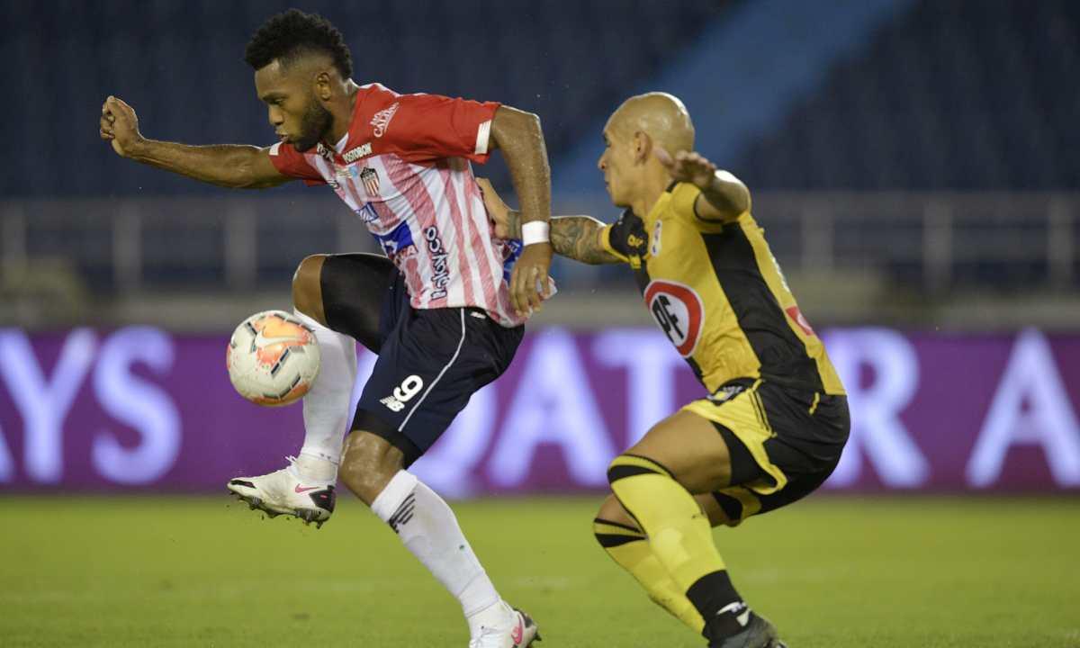 Un contagio de Covid-19 pone en duda el partido de Junior en Sudamericana