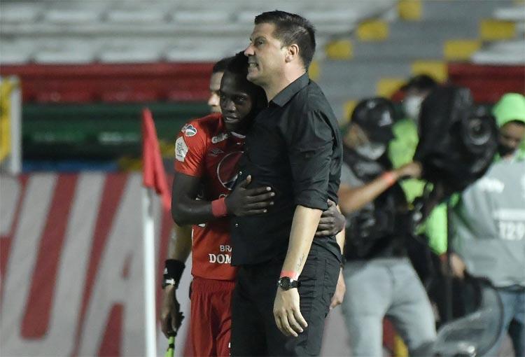 """Juan Cruz Real y la goleada de América en la final: """"Esto no terminó, falta mucho"""""""