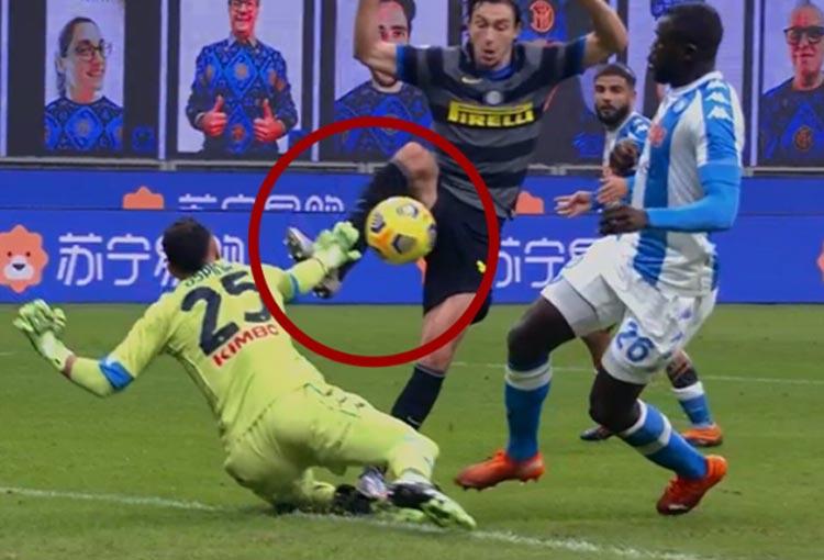 David Ospina y la polémica jugada que definió el Inter vs. Napoli