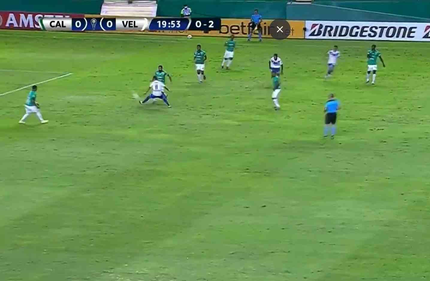 Pifia de Menosse y Vélez castiga al Deportivo Cali