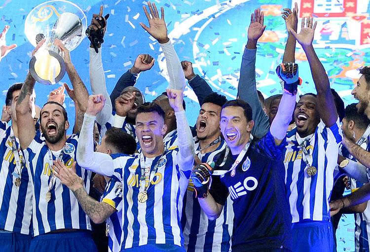 Todos los títulos de Luis Díaz y Matheus Uribe, campeones con el Porto de la Supercopa