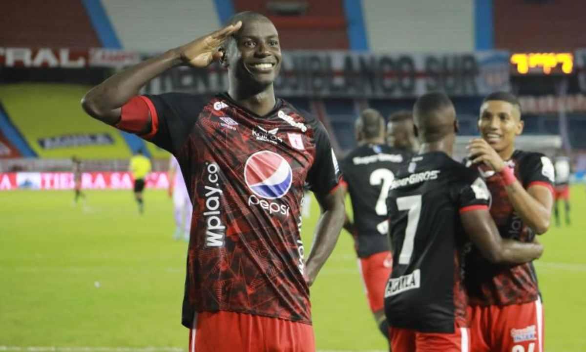 ¿Adrián Ramos podrá jugar frente a Junior de Barranquilla