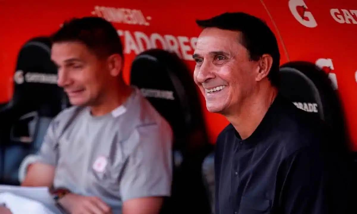 Guimarães aplaude la elección de Reinaldo Rueda en la Selección