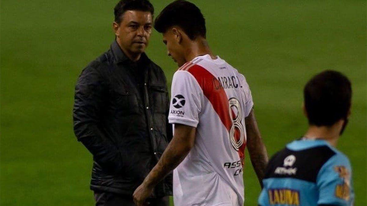 Continúan las críticas en Argentina para Carrascal después del Santa Fe vs. River Plate