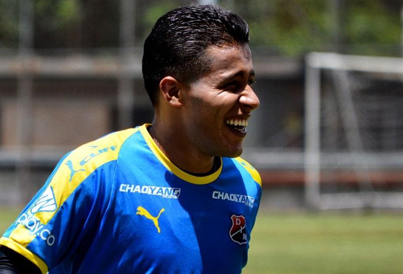 Sebastián Macías, Deportivo Independiente Medellín, DIM, River Plate (Paraguay)