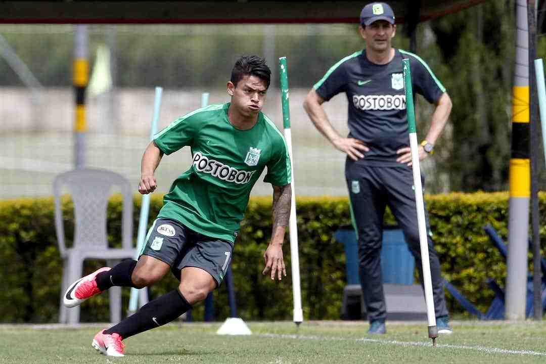 Todo listo para que Ronaldo Lucena firme con su nuevo equipo y juegue la Copa Libertadores