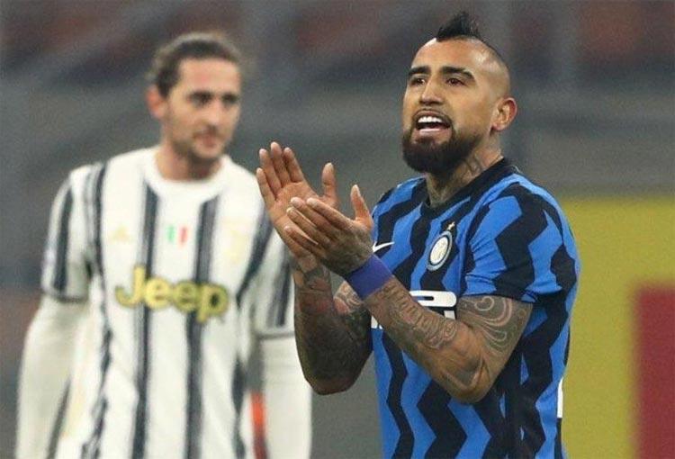 Arturo Vidal: gol con el Inter y beso al escudo de Juventus