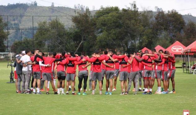 Santa Fe transfirió a un defensor central al fútbol argentino