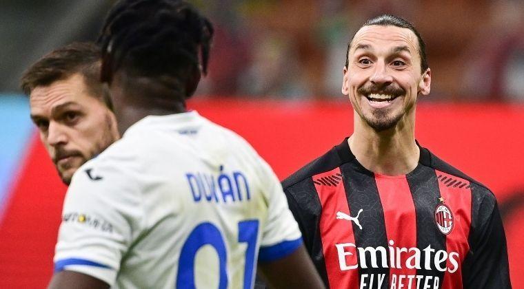 La burla de Zlatan Ibrahimovic a Duván Zapata en la goleada de Atalanta sobre Milan