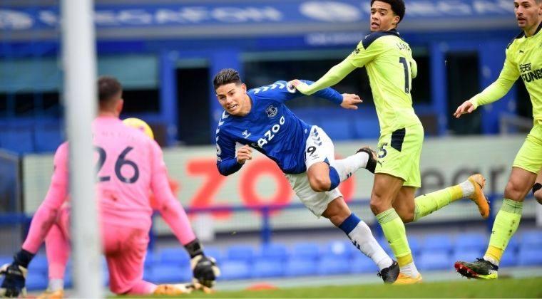¡De más a menos! Nueva derrota de Everton con James y Mina en cancha