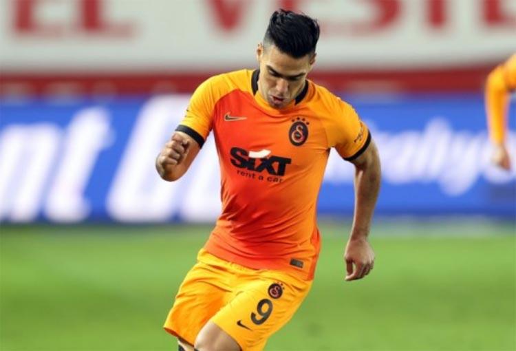 ¿Falcao volverá a la titular del Galatasaray?