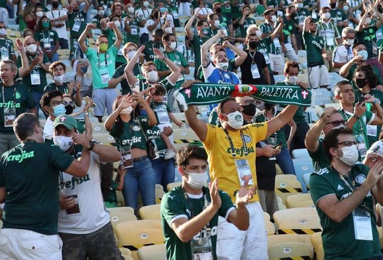 ¿Por qué la final de la Libertadores se jugó con público en la tribuna?