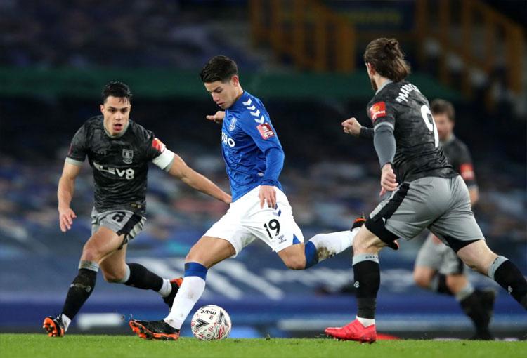 ¿Cuántas asistencias lleva James Rodríguez en Everton?