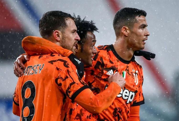 ¡Todas las asistencias de Juan Guillermo Cuadrado con Juventus en la temporada!