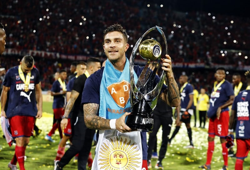 Adrián Arregui, Deportivo Independiente Medellín, DIM, Club Atlético Huracán, Club Atlético Independiente, ex-DIM, ex-Medellín