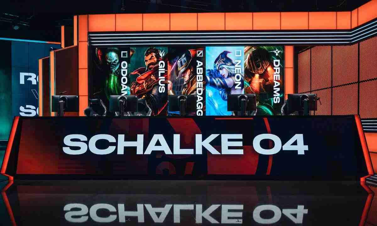 El equipo de esports de Schalke 04, sería el salvavidas en la crisis económica del club