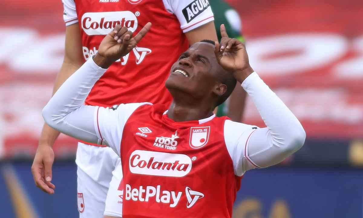 Jhon Arias 1 gol con América, golazo en su tercer juego con Santa Fe