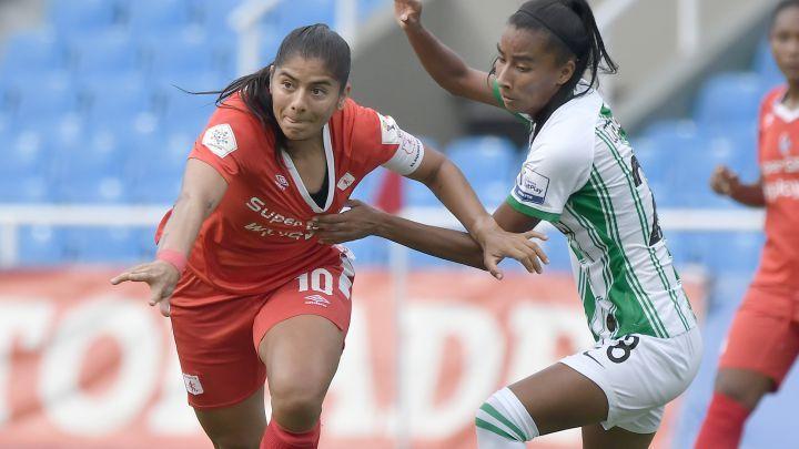 Las protestas de las futbolistas por la duración de la Liga Femenina 2021
