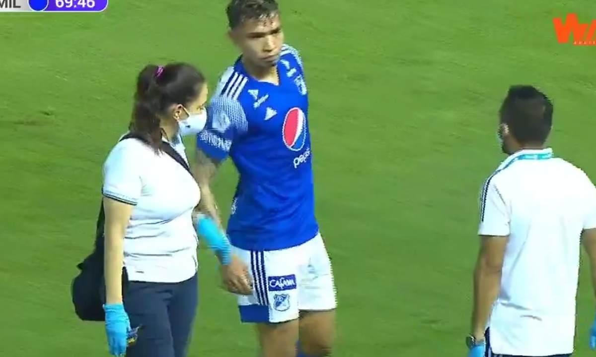 La mala suerte de Ricardo Márquez volvió a jugar y se lesionó otra vez