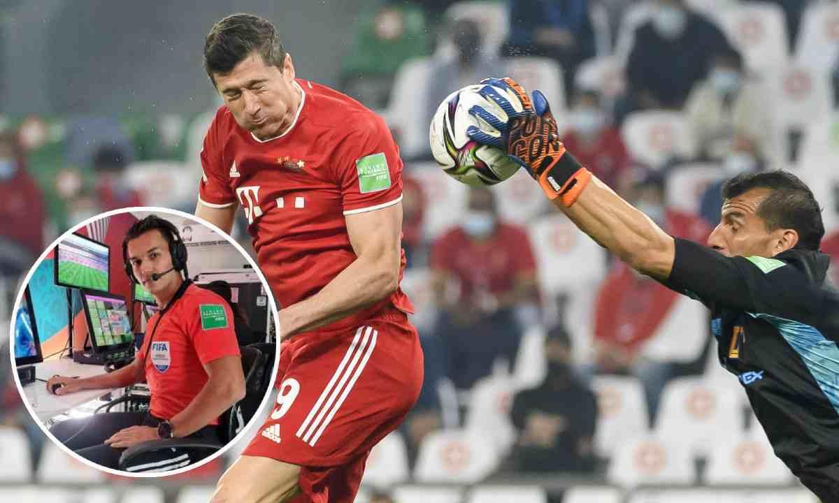 Nicolás Gallo, protagonista en el VAR en la final entre Bayern y Tigres