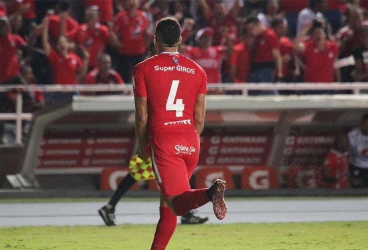 ¿Qué dice Hernán Torres del fichaje de Carlos Sierra en Deportes Tolima?