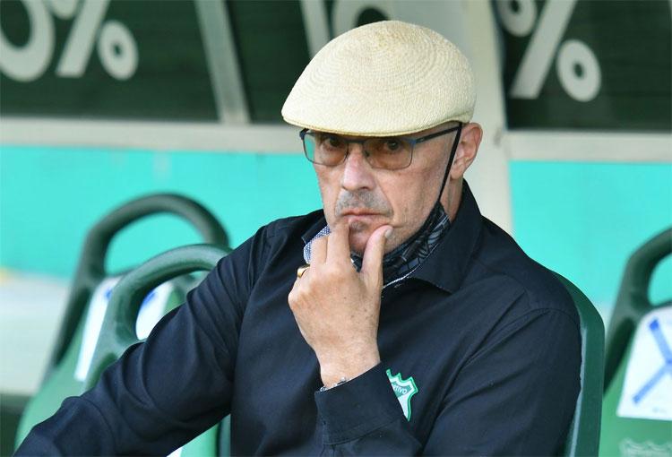 """¿Problemas en Deportivo Cali? El DT y los """"intereses ajenos al bien común del equipo"""""""