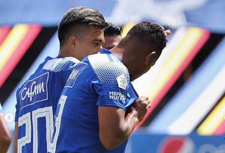 Fredy Guarín marcó, besó el escudo de Millonarios y así reaccionó Falcao García