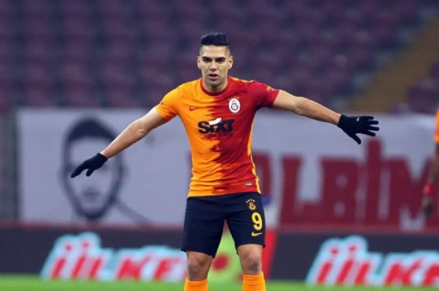 ¡Falcao García volvió a sumar minutos de juego con Galatasaray!