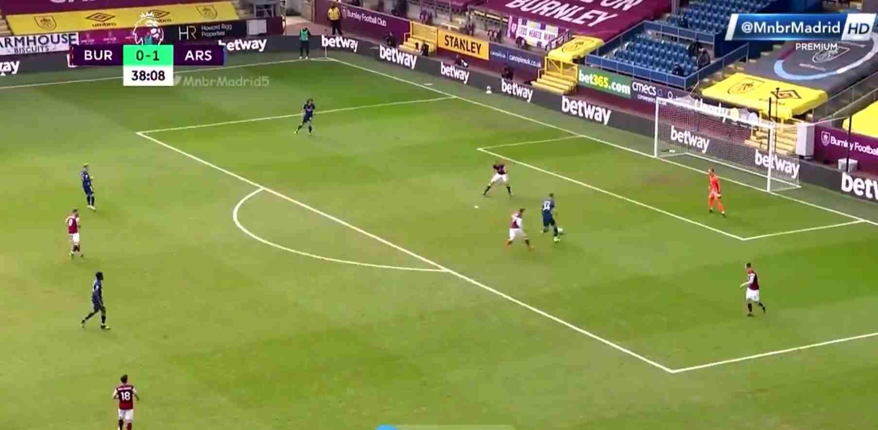 Cuando un error de fútbol aficionado se ve en la Premier League