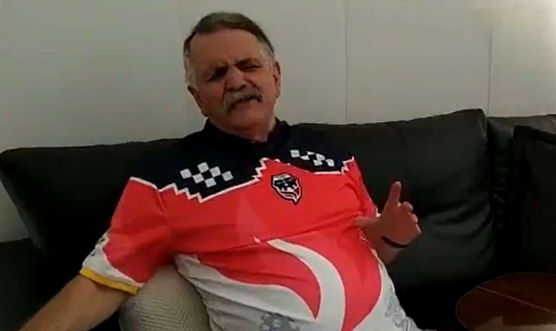 """El """"Hombre Caimán"""" se puso la camiseta de Fortaleza"""