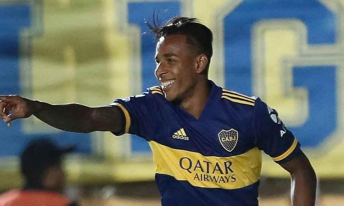 Sebastián Villa y una más: le dejó una carta a Boca Juniors antes de viajar a Colombia