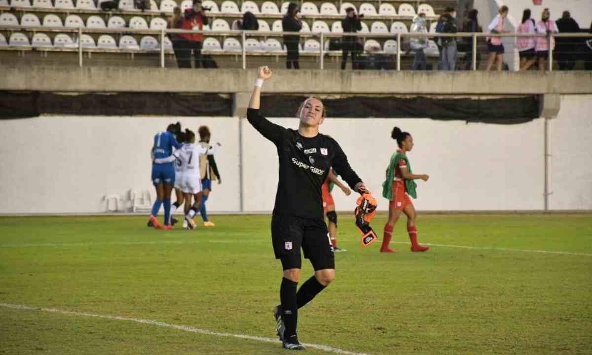 El terrible 'blooper' de Katherine Tapia en la final de la Copa Libertadores