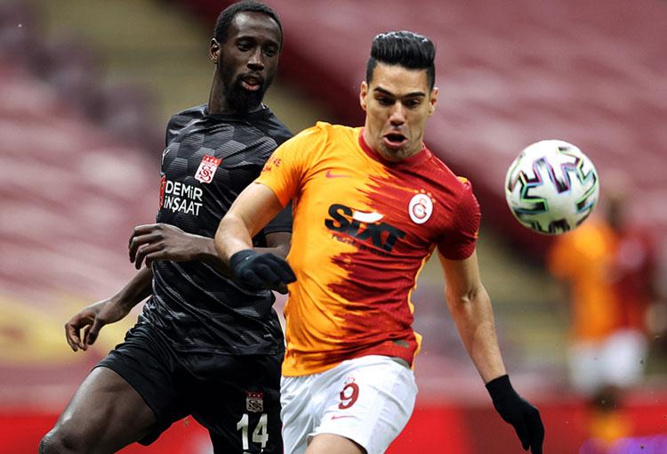Falcao García, Galatasaray, Sivasspor, Superliga de Turquía 2020-21, Selección Colombia